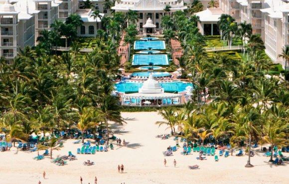 Riu отметила большой спрос на ее новую концепцию «Riu Pool Party» в Пунта Кане