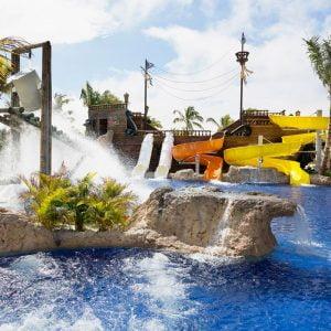 Barceló Bávaro Palace стал одним из 25 карибских отелей рекомендованных для семей.