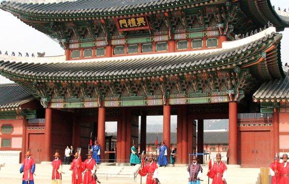 Образцовая ситуация в парках в Южной Корее